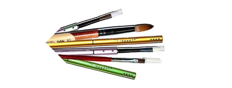 Brushes, files and buffers, creams, accessories and equipment. title=Accessories